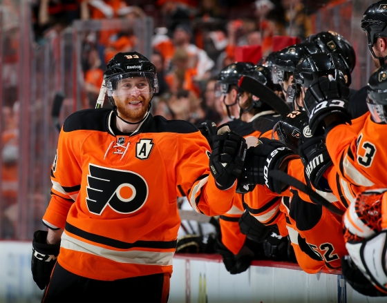 on April 5, 2015 at the Wells Fargo Center in Philadelphia, Pennsylvania.The Philadelphia Flyers defeated the Pittsburgh Penguins 4-1.